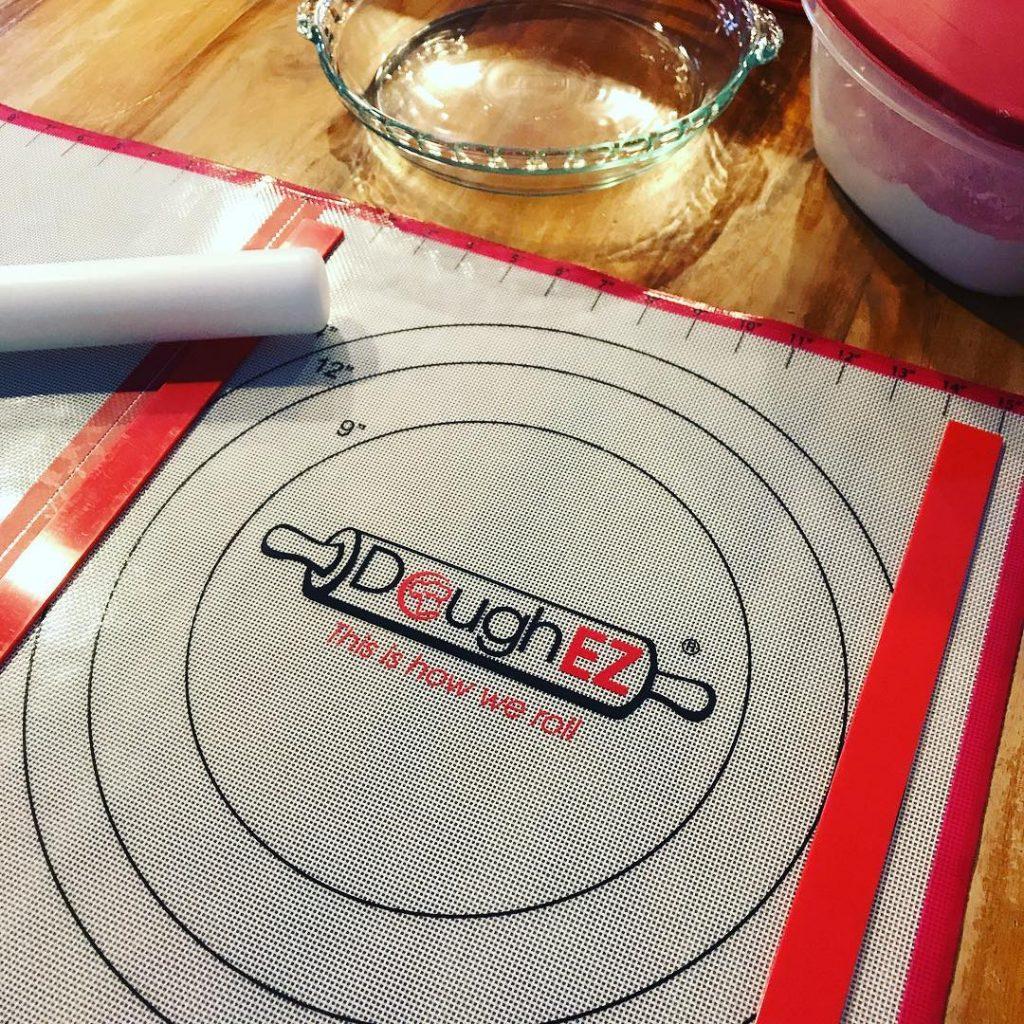 DoughEZ Rolling System